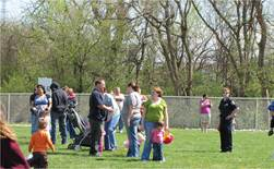 Easter Egg Hunt - 2010 (2).jpg