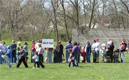 Easter Egg Hunt - 2010 (3).jpg